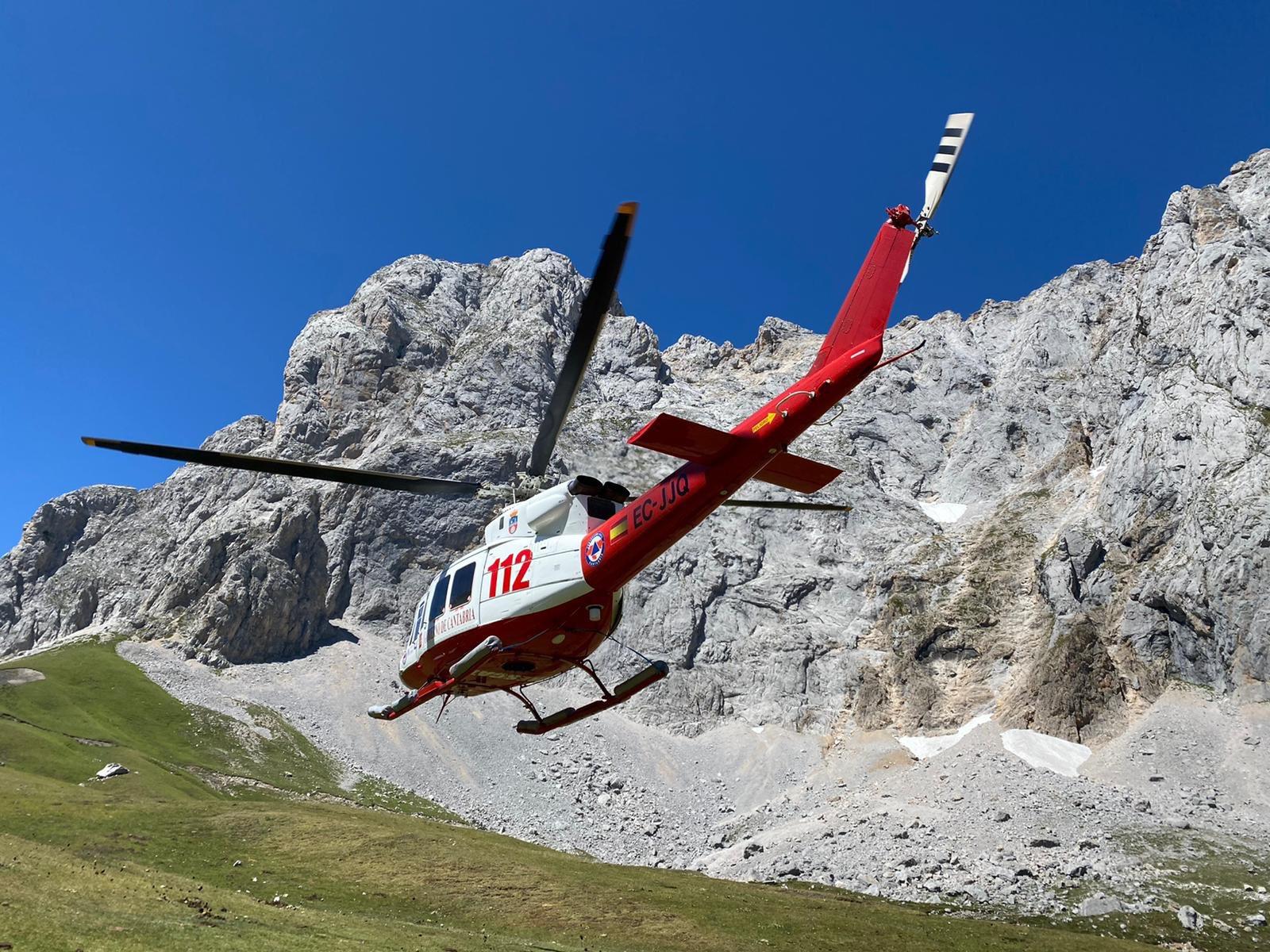 Foto de archivo de un rescate del helicóptero. Pulse para verlo más grande